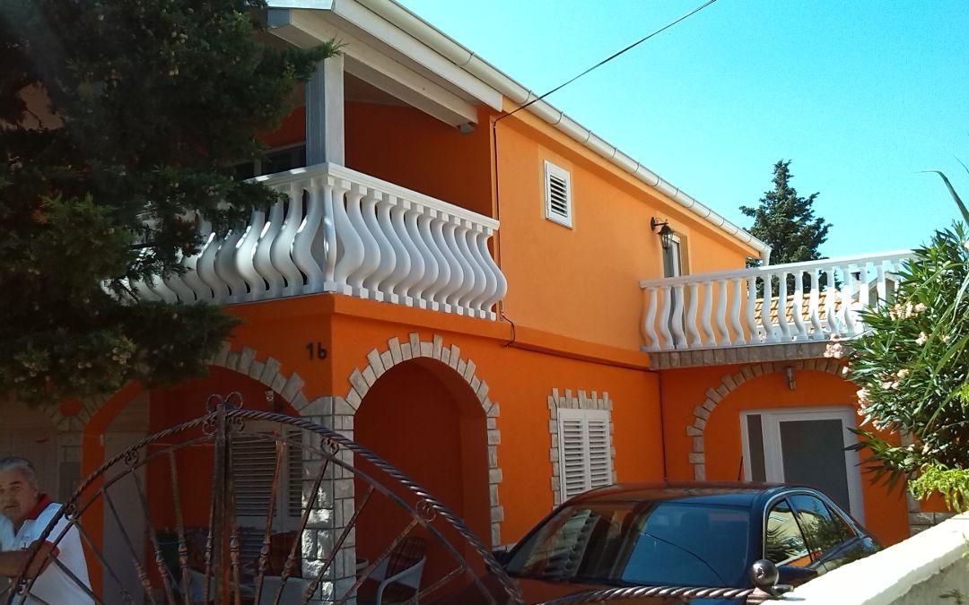 Apartmani Batarilo  Gornji Karin