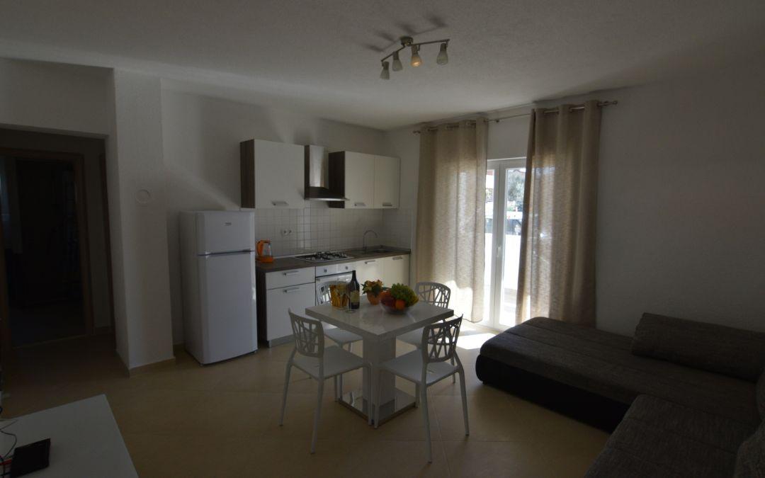 Apartmani Batarilo, Biograd